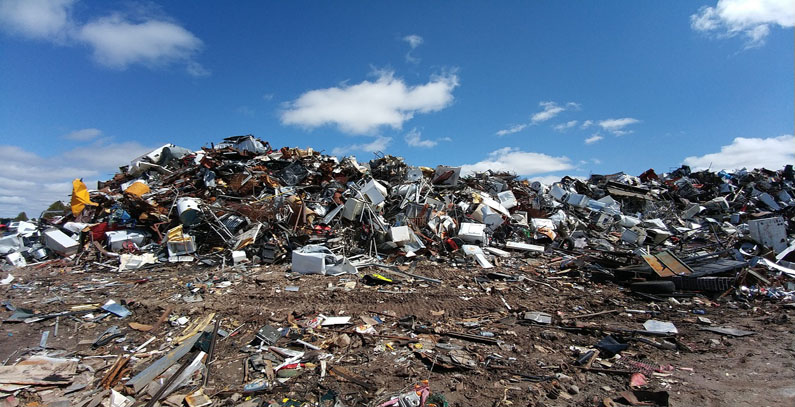 Albanian government grants waste management concession to Dutch company