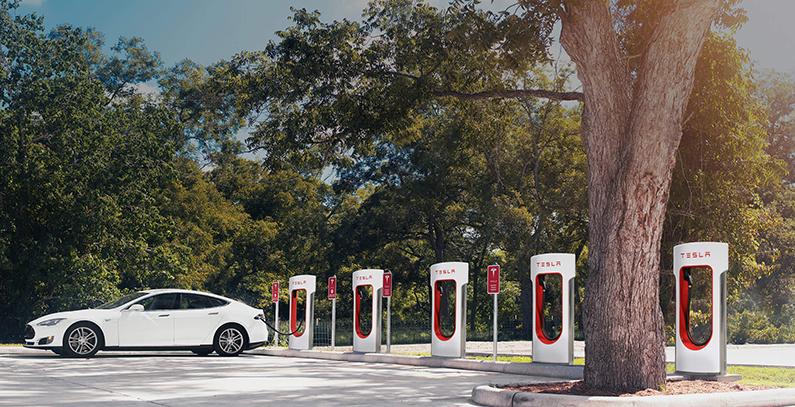 Novi Tesla punjač puniće automobil za samo nekoliko sekundi