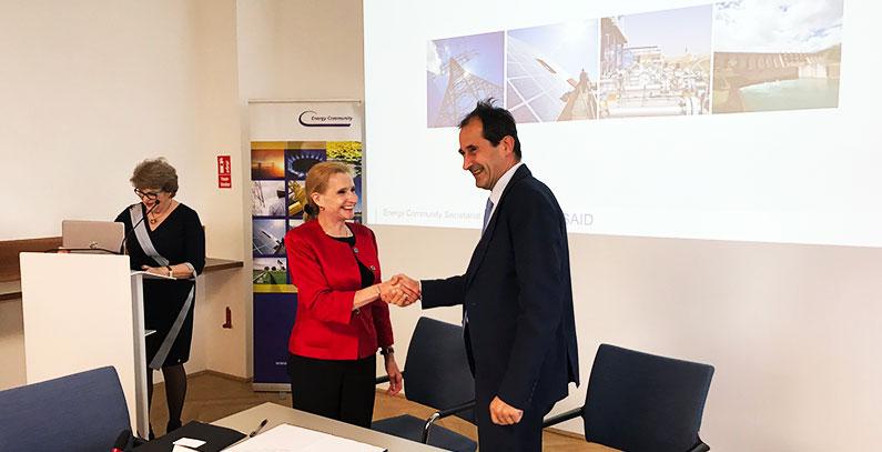 Potpisivanje ugovora o saradnji, EnZ i USAID, Beč 2017
