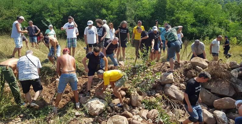 Inicijativa-Odbranimo-reke-Stare-planine-organizuje-protest-u-Pirotu-protiv-gradnje-MHE