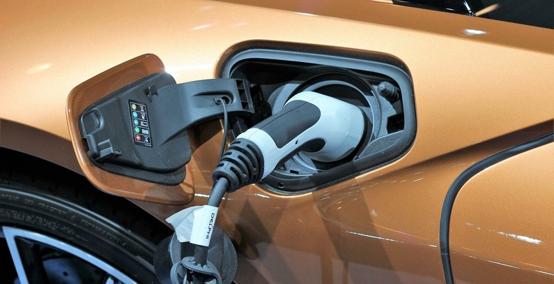 Pravnim licima dodeljeno sufinansiranje u iznosu od 1,75 miliona evra za energetski efikasna vozila