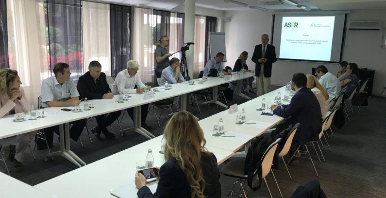 Srbija već ima prozjumere, ali regulatorne nepoznanice ograničavaju predavanje viškova energije u mrežu