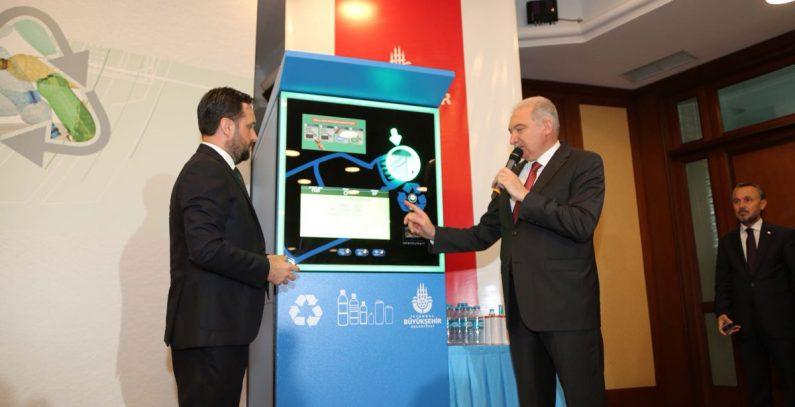 Depozitni sistem u Istanbulu omogućava plaćanje karte za prevoz plastičnim flašama i limenkama