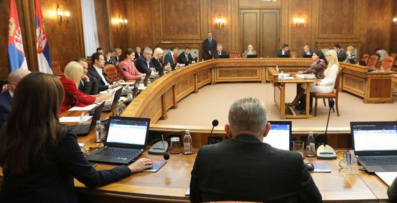Srbija odlaže uvođenje aukcija za obnovljive izvore energije za godinu dana – produžena stara uredba