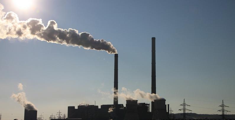 Moguće da EU uvede taksu na emisije CO2 za Zapadni Balkan