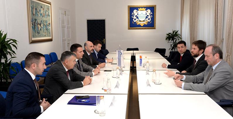 Podgorica i slovenačka Javna Razsvetljava potpisali ugovor o modernizaciji javne rasvete