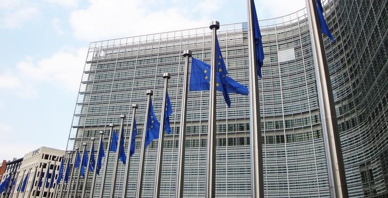 EK: ograničen napredak na polju energetike, nedovoljan napredak u borbi protiv klimatskih promena