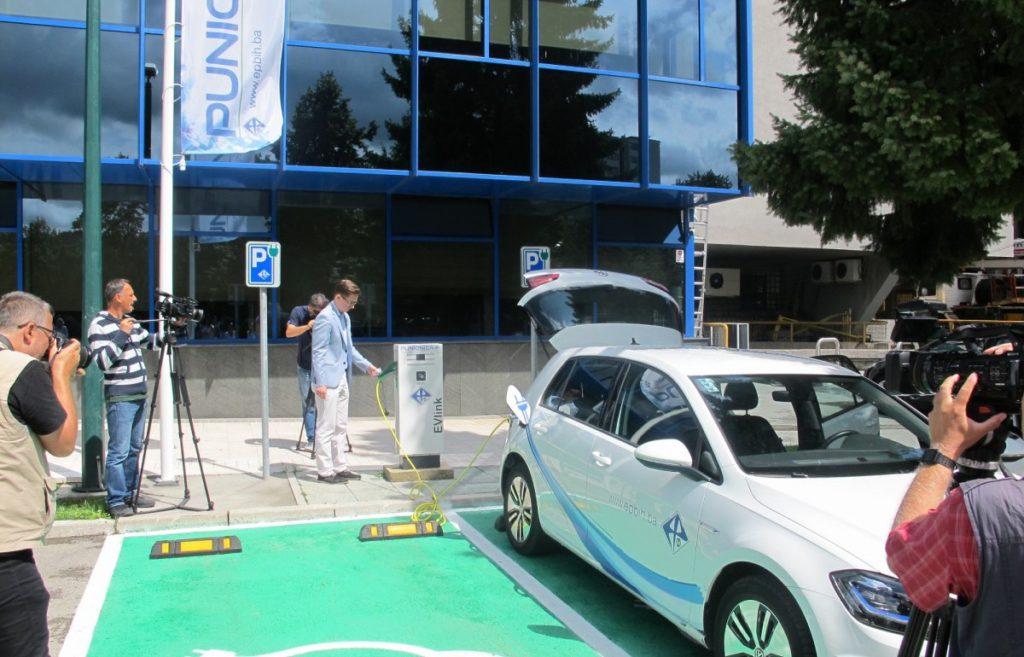 EPBiH postavila još 6 punjača za EV i nabavila još 6 električnih automobila