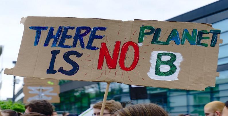 """U Beogradu počeo drugi protest """"Petkom za budućnost"""", jedan od nekoliko hiljada širom sveta"""