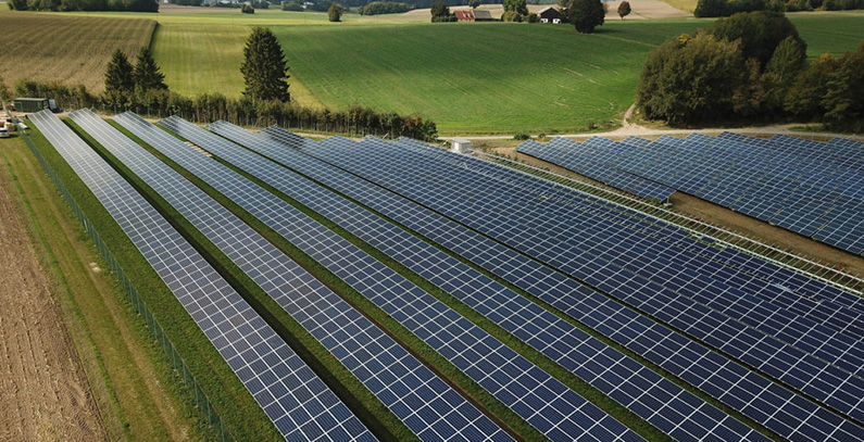 IFC pomaže Kosovu* da pripremi prvi solarni JPP projekat i raspiše tender