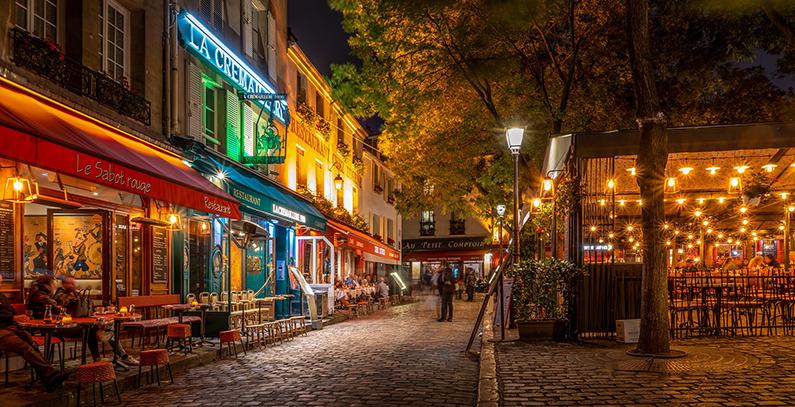 Francuzi zabranjuju grejače u baštama kafića