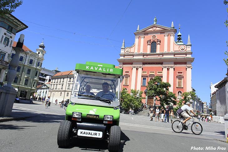 Electric vehicles Kavalir on demand_city centre_ecological zone_photo MihaFras