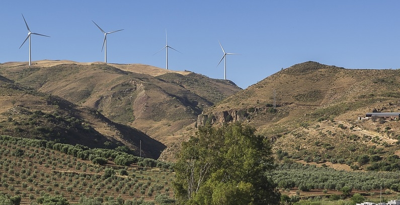 Evia wind farm investors given extension to pay for cable connection
