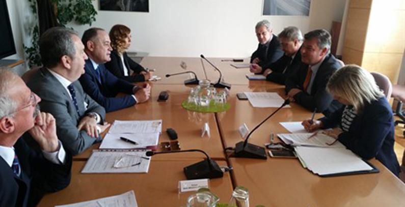 Slovenia interested in undersea power line, hydropower plants in Montenegro