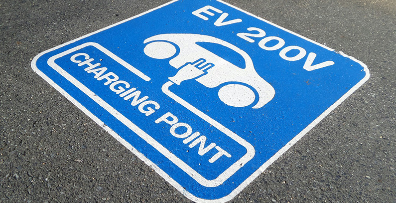 E.ON and MOL to build 40 charging stations for electric vehicles in Romania