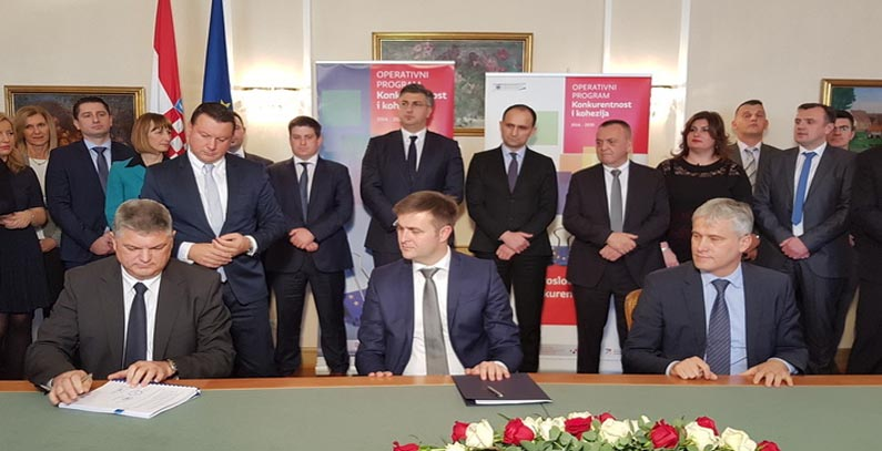 Contracts signed for water management projects in Croatia's Slavonia region
