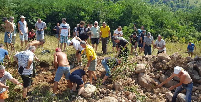 Citizen initiative organizing protest in Pirot against construction of SHPPs in protected areas