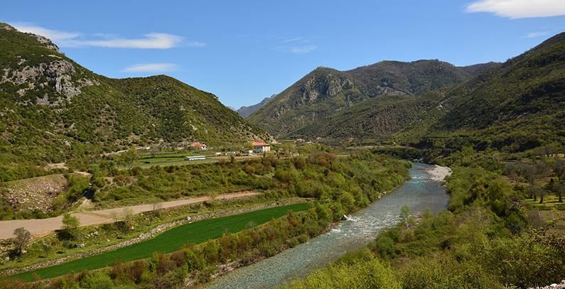 Albania's power generation quadruples in Q3