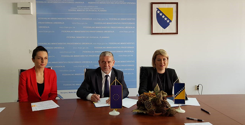 EUR 642,000 worth of contracts signed for retrofits of three schools in Sarajevo Canton