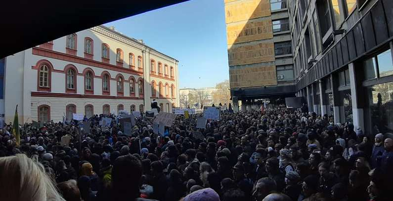 Thousands of protesters demand halt of SHPP construction from government, Serbian President