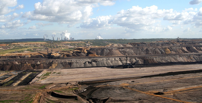 Energy Community Contracting Parties pour EUR 2.4 billion annually into coal power plants, mines