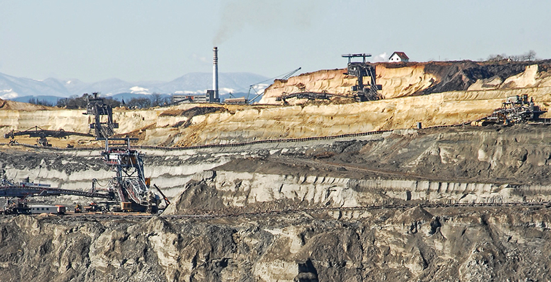 Nearly 200 families hit by pollution from Veliki Crljeni open-pit coal mine