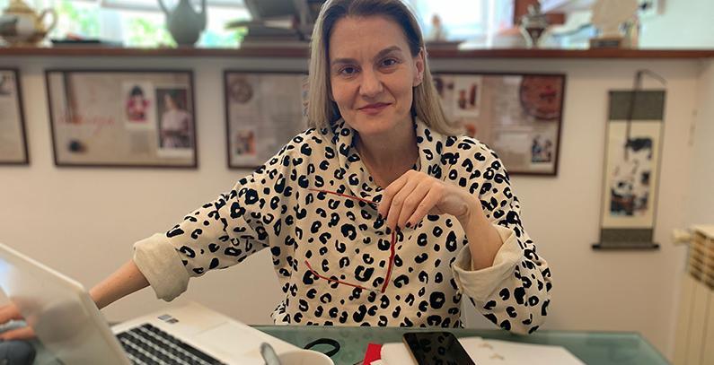 Maja Pokrovac working from home in corona times April 2020