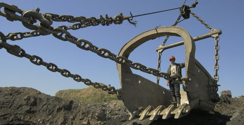 PPC layoffs coal mines 890 workers