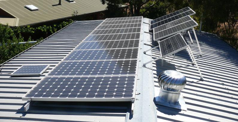 Cyprus to install rooftop solar power units in 405 schools, kindergartens