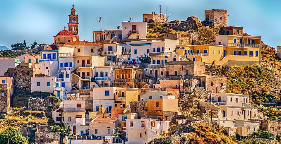 Greece earmarks EUR 850 million for energy efficiency, prosumers