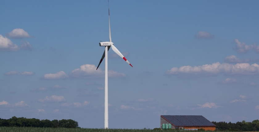 Majority of new renewables in 2020 cheaper then new, existing fossil fired power plants - IRENA