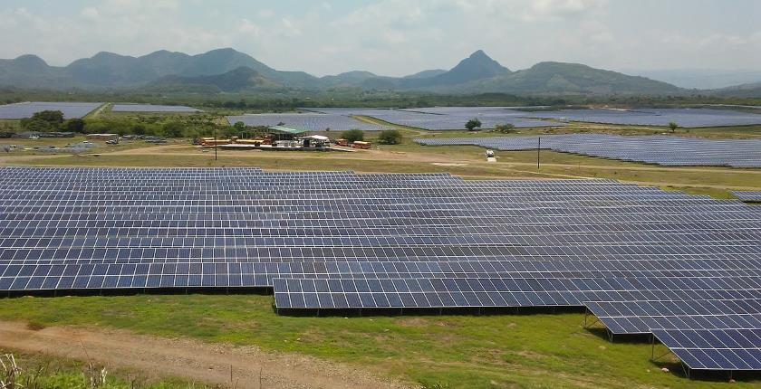French 1 GW solar power include batteries hydrogen agriculture