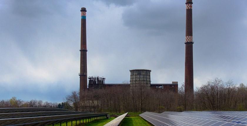 Kosovo's coal plant KEK solar power 100 MW